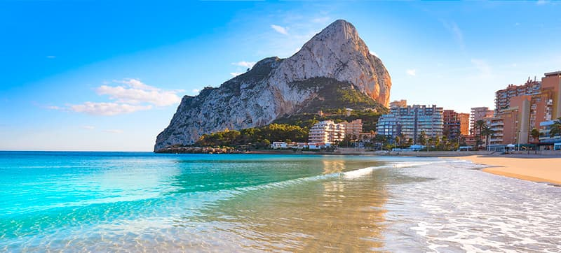 Why should I hire a car in Alicante?