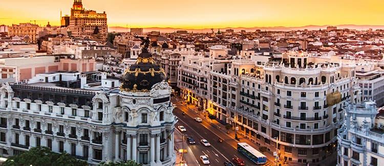 Compara y encuentra el mejor precio de alquiler de coches en Madrid.