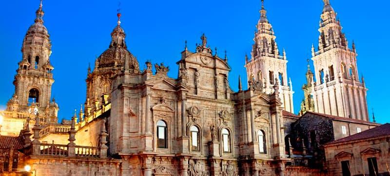 Tu Coche de Alquiler en Santiago de Compostela